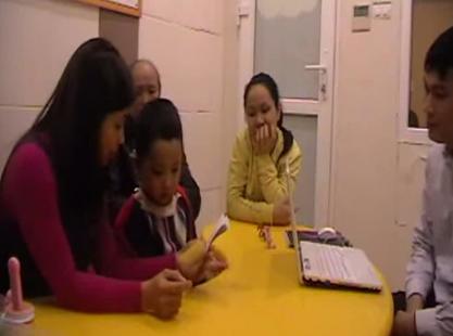 Ngôn ngữ của bé sau 2 năm cấy ốc tai điện tử Cochlear