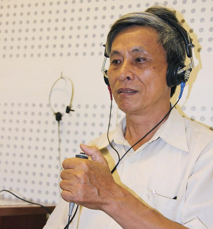 Máy trợ thính cho người già